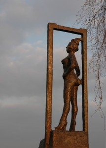 An honor to sex workers all over the world, statue Belle in Amsterdam. Source: Mariska Majoor